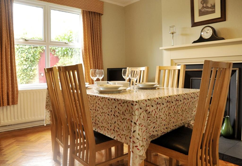 Hope Cottage dining room