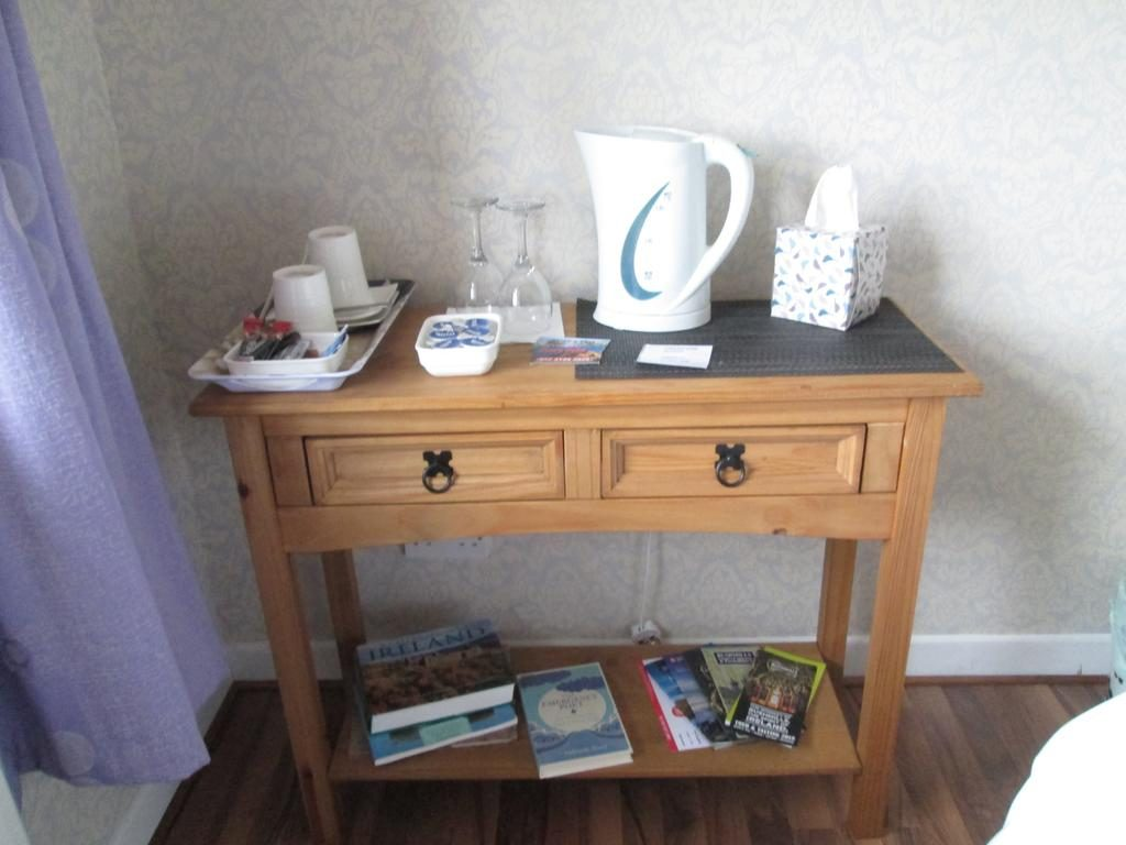 Ballyhemlin B&B coffee and tea table