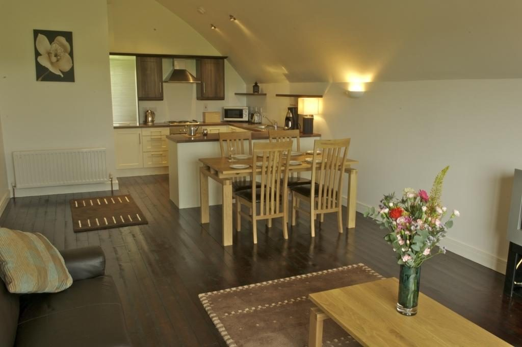 Ballylinny Holiday Cottages dining area