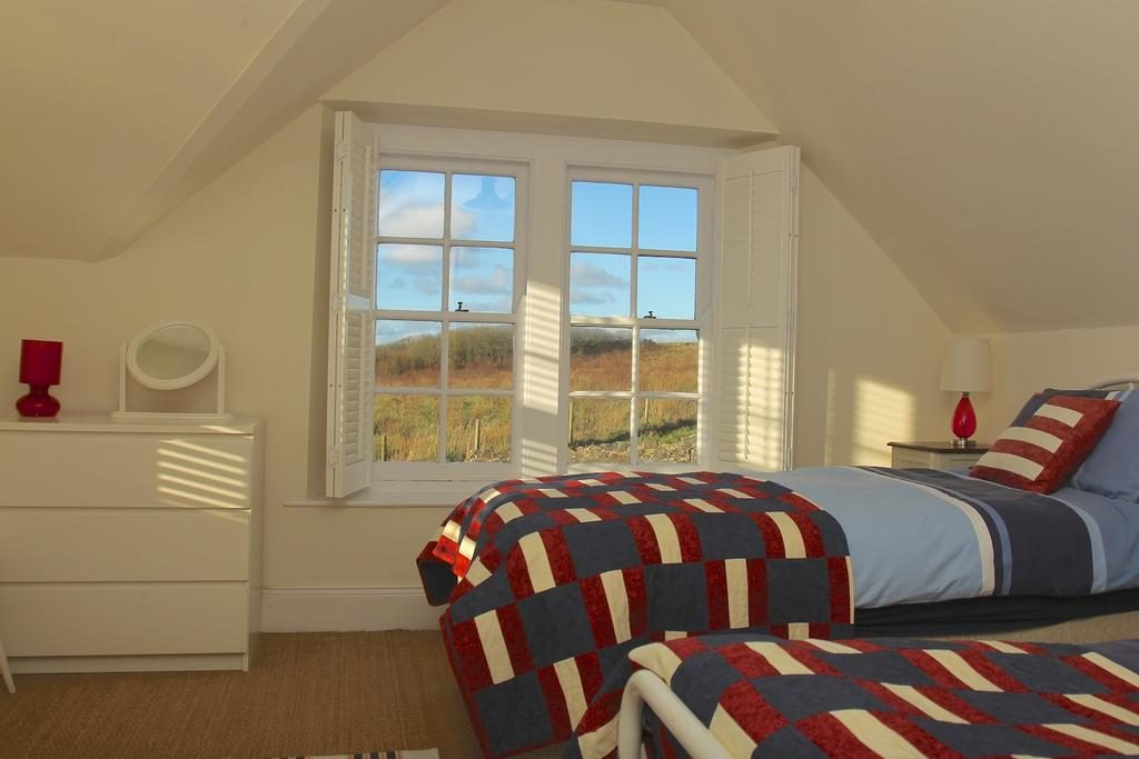 Blackrock House bedroom 2
