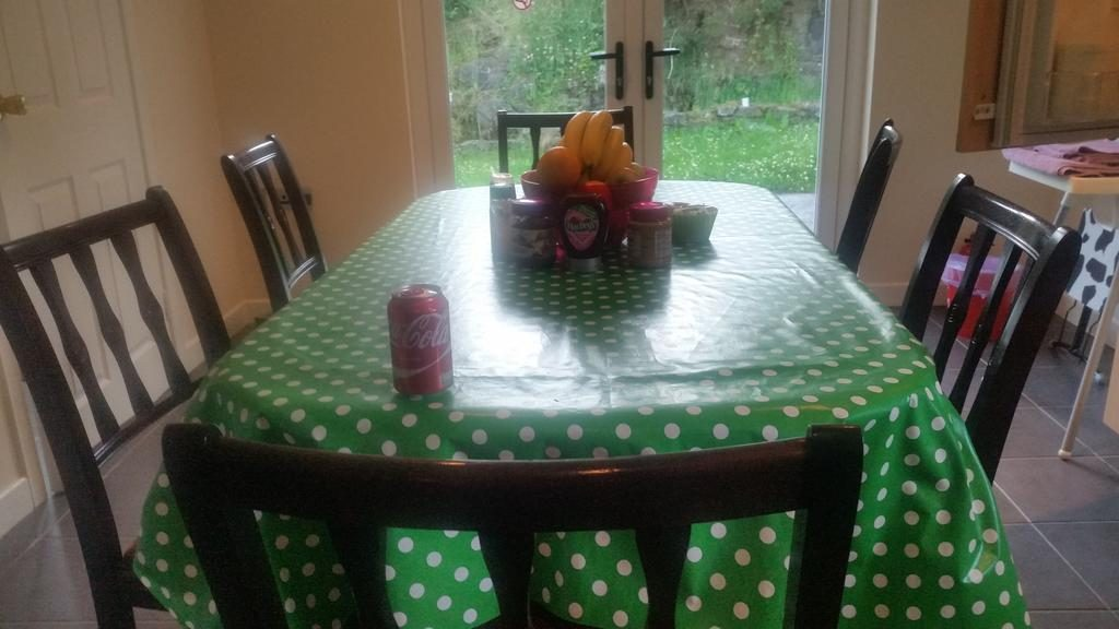 Craigalappan Cottages B&B dining area