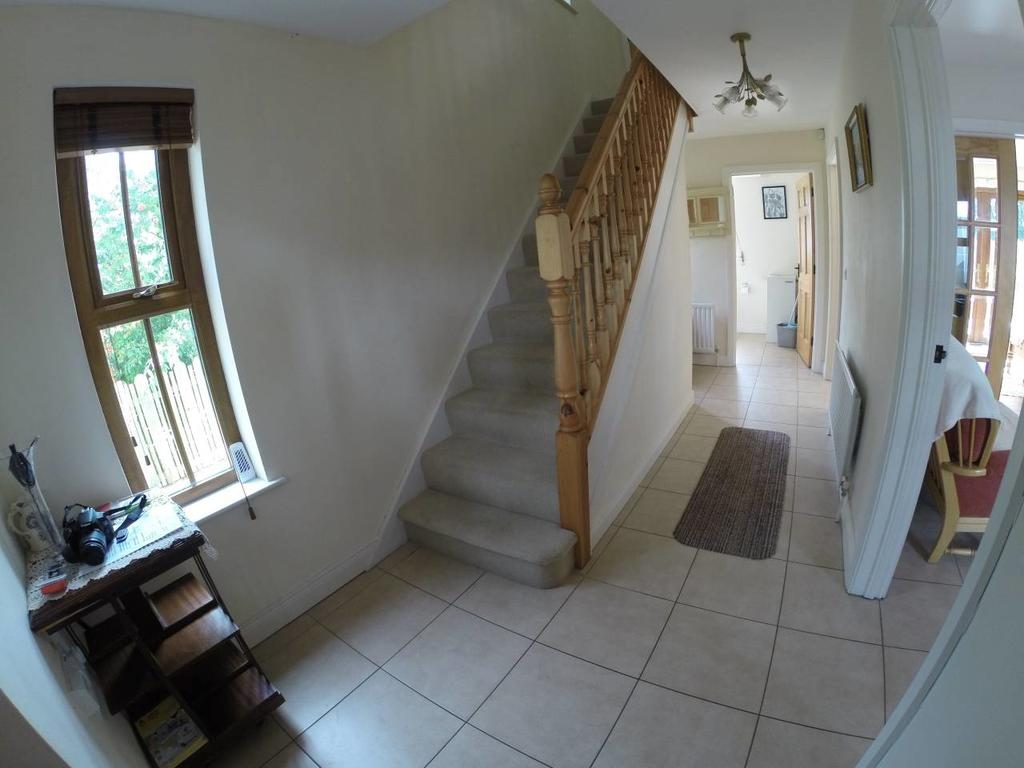 Self Catering Holiday Home - stairway