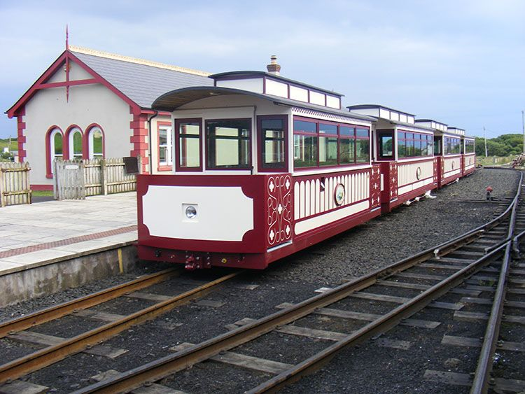 The Bushmills to Giants causeway tram or train at the Giants Causeway Station