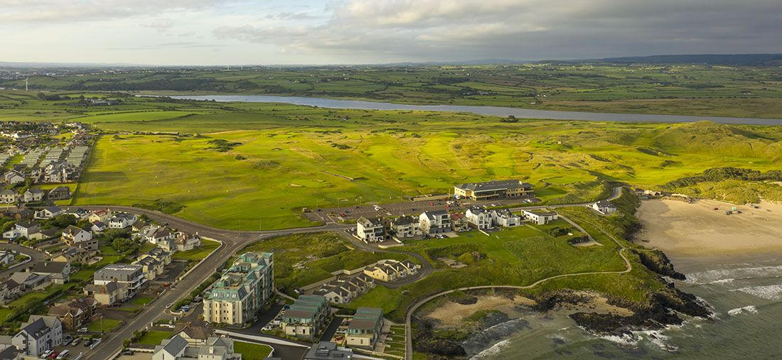 Portstewart-Golf-Club-Aerail-view-over-the-Clubhouse,-bann-courese-and-riverside-course